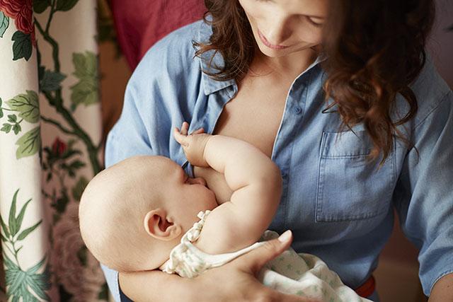 BreastFeeding_1_054_EBP_rgb